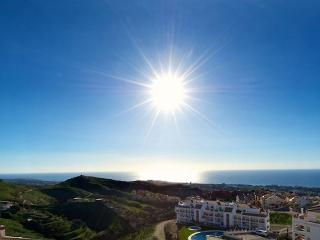 Elegant apartment with fantastic view, Sitio de Calahonda