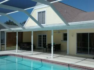 GIGA-HOMES Paradise Place, Cape Coral