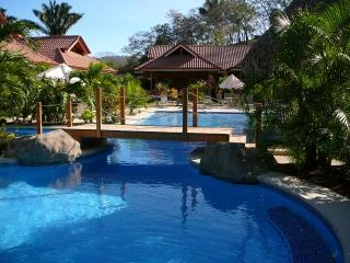 Best Pool in Town-Gated- Arco Iris 2 Bedroom, Nosara