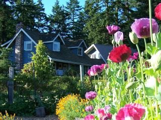 Day Dream, Nostalgic Farmhouse and Garden on 7 Acres (Orcas Island, WA), Eastsound