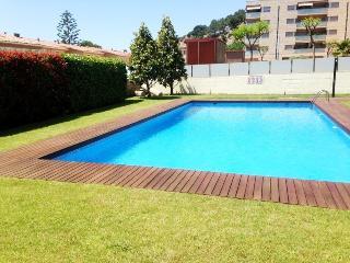 Calella apartamento con piscina 20m mar 4 pers