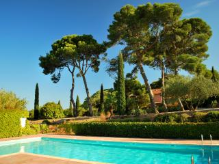 2 bedroom Villa with 2 bathroom & pool in the wine state residence, Agde