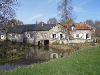 Water Mill and barn conversion, Mouliherne
