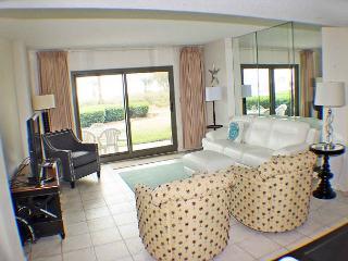 Ocean One 119 - Relaxing Oceanfront 1st Floor Condo, Hilton Head