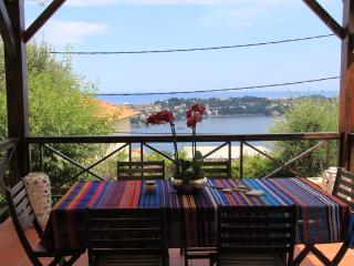 APPARTMENT WITH VIEW TO CAP FERRAT, Villefranche-sur-Mer