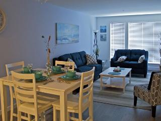 """Oceannie"" Spacious Condo From $165.00 CAD/night including secure parking."