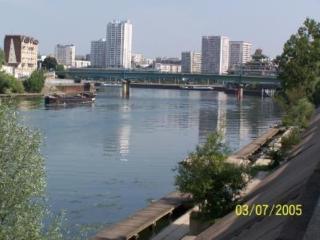 RIVERSIDE STUDIO' PARIS/VERSAILLES/DISNEYLAND