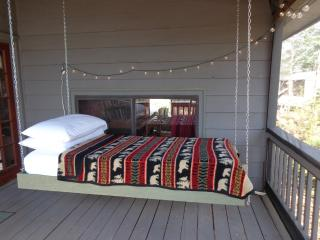 HANGING BED ON PORCH! Real Mnt. Cabin. Yoga Studio, Blue Ridge