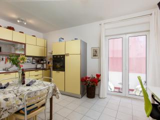 apartment split, apartman split, appartamento spalato, split apartment, apartment in split, split