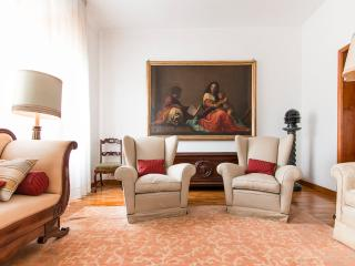 Al Corso Apartment, with parking!, Florencia