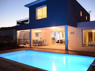 BRAND NEW VILLA IN FREJUS