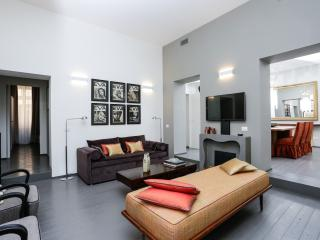 Spanish Steps Deluxe 3 bedrooms  Apartment, Rome