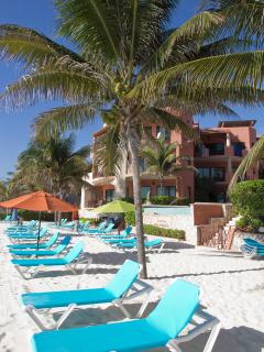 Relax oceanfront with beach service