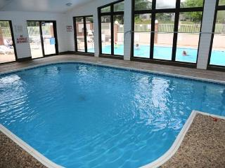 Beautiful Remodeled Luxury Condo-Heart of Branson-Indoor Pool-Large & Affordable