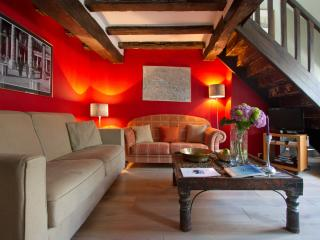 Since 1999 I invest in Paris specifically for the vacation rental market with your needs in mind