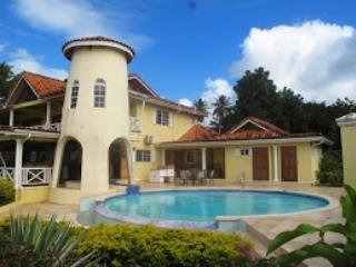 Villa Pellicano, Arnos Vale