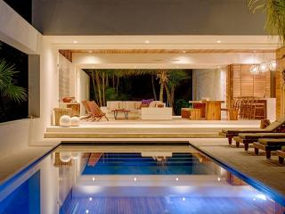 Casa Xixim: Magical Ecoluxe Beach Villa Tulum