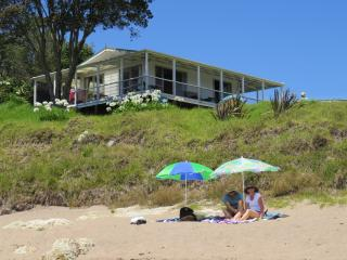 Beachfront Escape - Tapeka Bach, Russell
