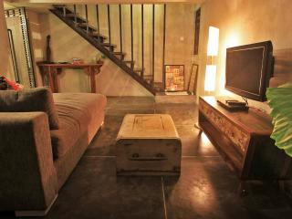 Studio loft petitenget less than 5mn to the beach, Seminyak