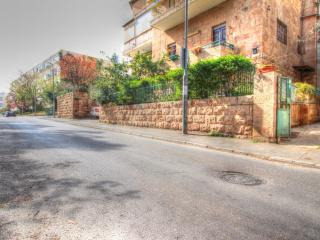 Garden apartment in Old Katamon, Jerusalem