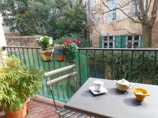 Centre Aix Appartment + Parking +Balcon--Vendome I