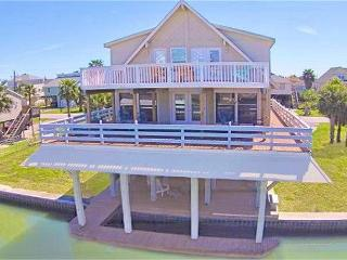 Attractive and grand canal front home located on the beautiful west end!, Galveston