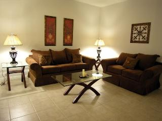 Just 1 mile from Disney unique 3bd condo, Kissimmee