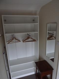 Coedmor Harbour Cottage Dressing Area