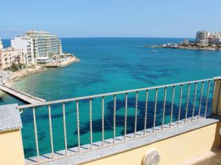 Spinola bay Penthouse - St Julians
