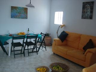 Penthouse apartment, tapas square, Old Cadiz, Cadix