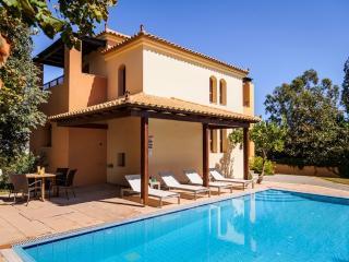 Villa Andromeda, Maleme