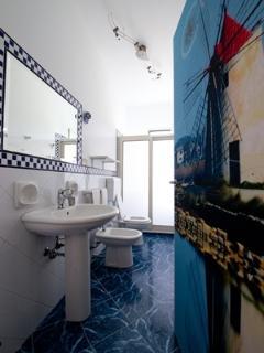 selinunte bathroom
