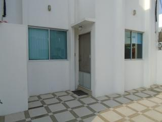 3 Bedroom Fully furnished Villa in Salinas.