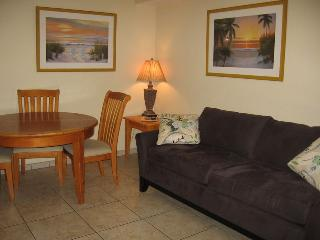Casey Key Beach Courtyard One Bedroom - Unit 19, Nokomis