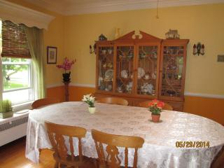 Dining room perfect for large gatherings.