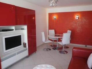 Serenity Apartment/Juan Les Pins: Terrasse.Garage.Clim. WIFI.100 m plages