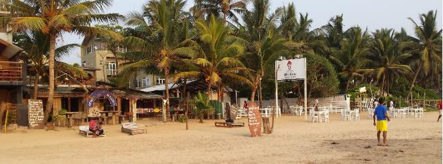 Nearby beach restaurants