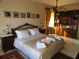 Athens Riviera Panorama views Luxury VILLA Sleep 5, Glyfada