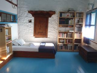 The Book Home, Volissos
