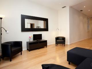 Modern Center B apartment in Eixample Esquerra {#…, Barcelona