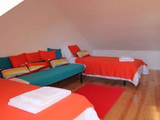 Pena Birbantes apartment in Pena {#has_luxurious_…, Lisboa