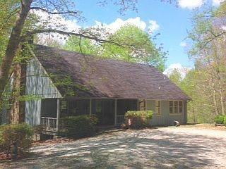 Privacy 3 BR/ 3 baths pond, deck, next to USFS, Highlands