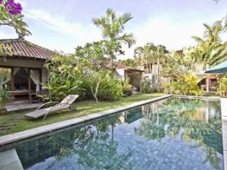 Luxurious Villa Seminyak Oberoi 4 bedrooms