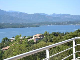 Porto-Vecchio villa with sea view