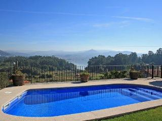222 Coastal villa with sea views, Provincia de Ourense