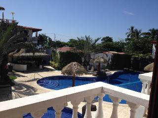 Paloma Blanca 2E 2nd Floor Pool View, Jaco