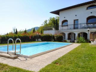 Villa Serafina, Monte a Pescia