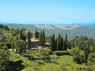 Castelgiocondo Villa Sleeps 7 with Pool Air Con and WiFi - 5227028