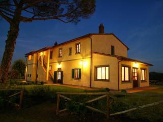 Villa Altea, Marti