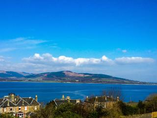 Ardgowan Apartment - Free WiFi, Isle of Bute